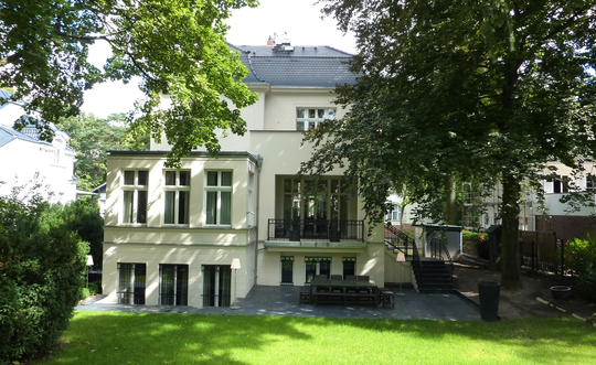 Вилла 12-комнат,  500 м ² в районе Berlin-Grunewald(Wilmersdorf)