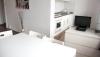 Блок квартир 14 комнат 415 м² в районе Berlin-Wedding
